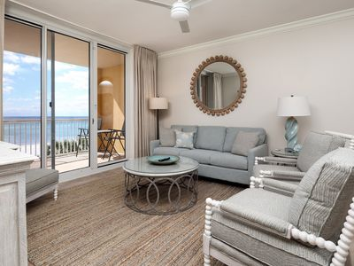 Photo for Pretty 4th Floor Condo! Gulf Front, Sleeps 6, Nearby Shopping and Dinning!