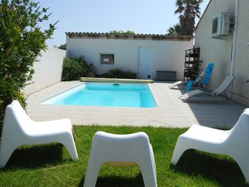Search 921 holiday rentals