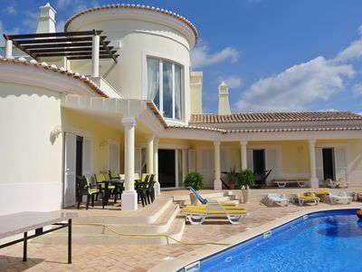 Photo for Spacious 5 bedroom villa. Sleeps 11. Perfect for golfers and families.