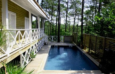 Photo for Colonial-style villa in the heart of the pine forest with private pool