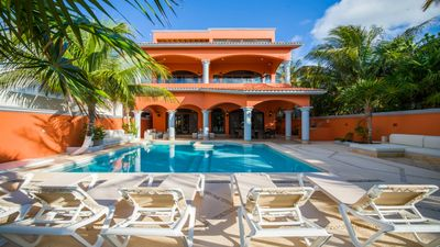 Photo for Sueno Del Mar Beautiful Villa by the Ocean