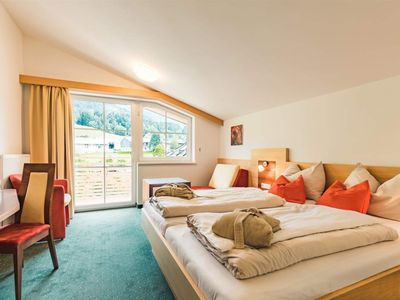 Photo for Single Room VITAL Winter 1-2 - Hotel Salzburger Hof Leogang