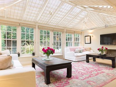 Photo for Fantastic light and airy property sleeping 6,in exclusive Chelsea (Veeve)