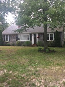 Family Vacation Home walking distance to Craigville beach with FREE Beach Pass!