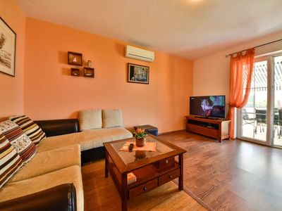 Photo for House 591 m from the center of Banjol with Parking, Internet, Washing machine, Air conditioning (256313)