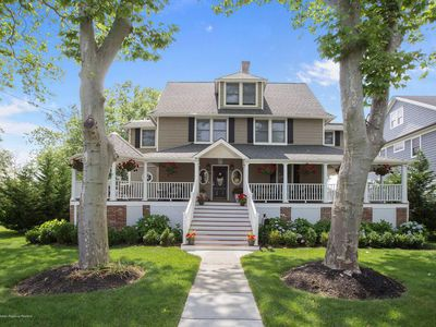 Photo for Charming home in beautiful Monmouth Beach