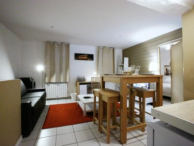 Photo for Lovely apartement in Bordeaux, perfect for buisness.