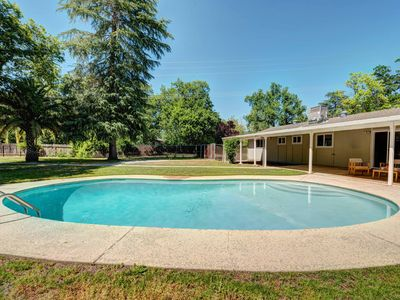 Photo for 6BR House Vacation Rental in Redding, California