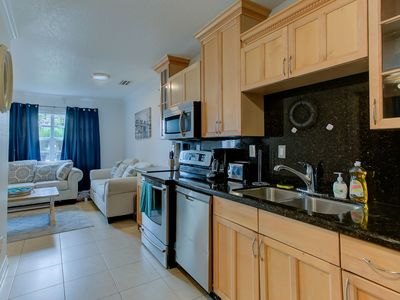 SWEET..fort Lauderdale 2 bedrooms 1 bath private home.