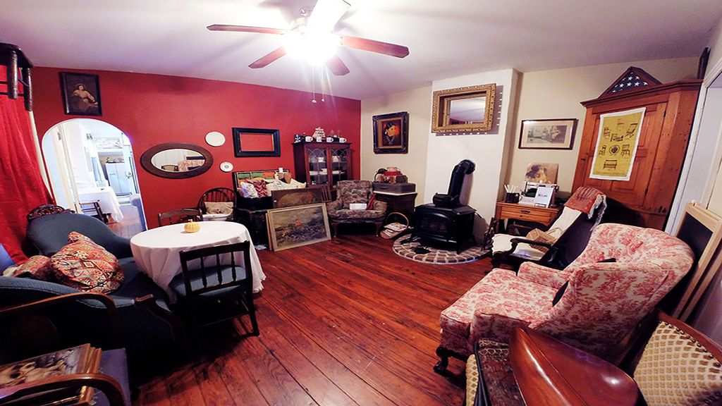 BnB Antiques & Art Gallery