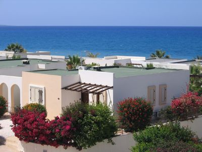 Photo for Luxurious Beach Villa with Sea Views and Stunning Location