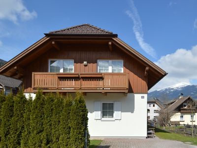 Photo for Luxury chalet with sauna and whirlpool close to the slopes and the ski lift.