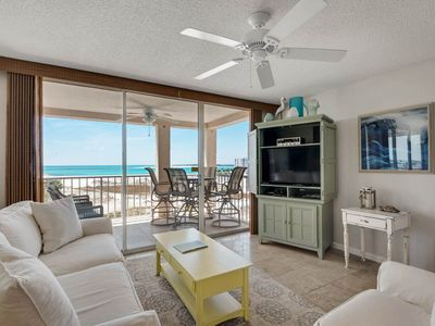 Photo for Airy, open bay view condo, beach setup and bicycles included, Close to shopping