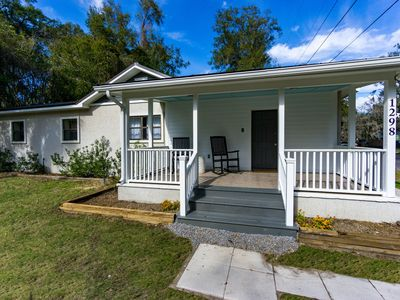 Photo for NEW LISTING! Renovated Cottage Located in MidTown Beaufort - Close to Parris Island