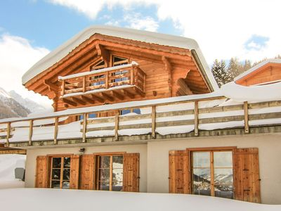 Photo for Chalet Au Valais de Pic for 10 people, with sauna, whirlpool bath & table tennis, close to pistes
