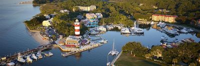 Photo for Perfect Spot in The Heart of Harbor Town!