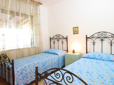Photo for Cotriero Pineta White  apartment in Taviano with shared terrace & shared garden.