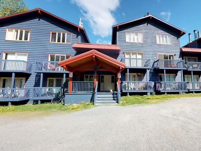 Photo for Dog-friendly condo w/cozy atmosphere & great location - ski-in/out access