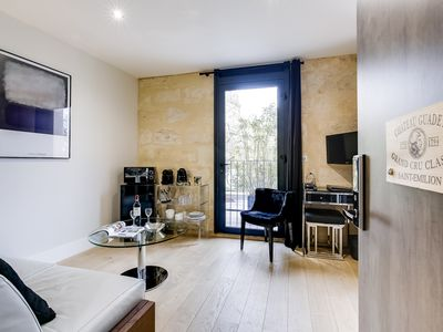 Photo for Chateau Guadet Room, Palais Gallien