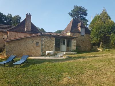 Photo for In the heart of black Perigord, 4km from Bugue, charming cottage 3 bedrooms 130 m²