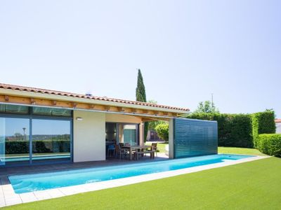 Photo for 3 bedroom Villa, sleeps 6 in Pals with Pool and WiFi