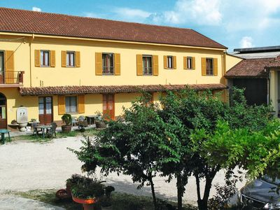 Photo for Apartment Agriturismo La Mussia (CCE103) in Castelnuovo Calcea - 2 persons, 1 bedrooms