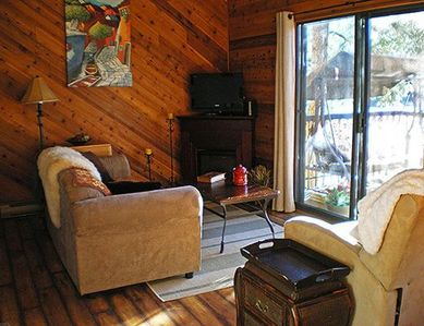 Photo for Okanagan Lakefront Cottage at Twin Lakes