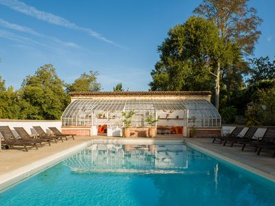 Photo for Charming villa 10min beach, 10 people, heated pool, tennis, Léon Landes