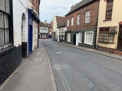 3 minutes stroll away from Bewdley town centre