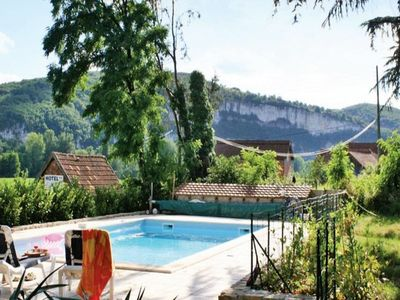 Photo for Lovely family home near St Cirq La Popie with private pool.