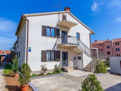 Photo for Apartment MIRO  in Pula, Istria - 8 persons, 3 bedrooms
