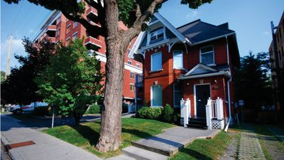 Photo for Elegant & Charming 1-Bedroom in Ottawa CenterTown