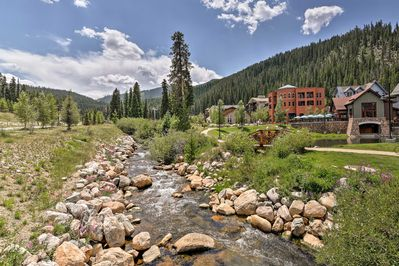 This Winter Park getaway is only 150 yards from the ski lifts!