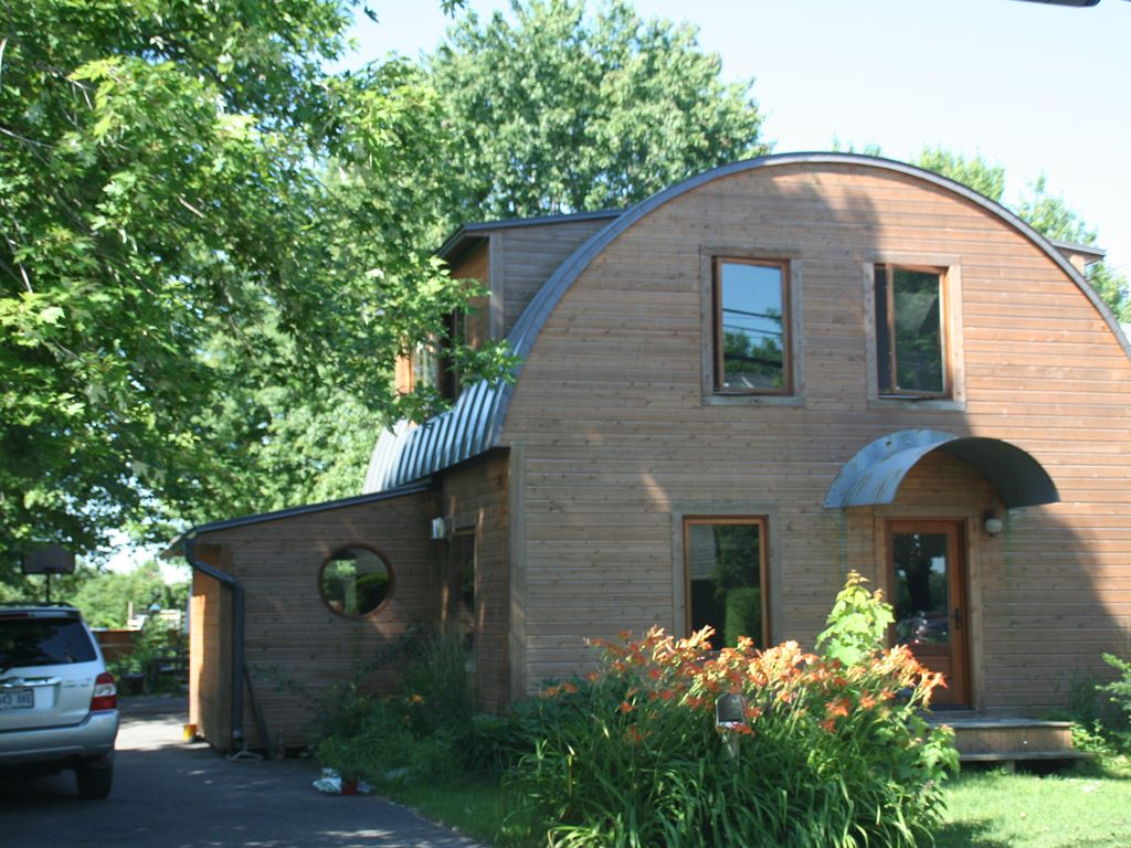 Hotels vacation rentals near pierrefonds quebec trip101 for Cabin rentals near montreal