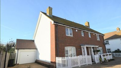 Photo for A modern 3 double bedroom house in Camber, Rye near the sand dunes & beach.