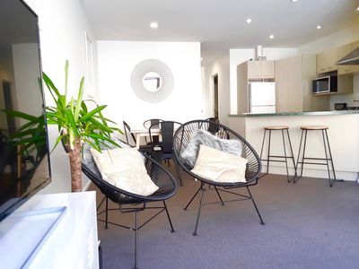 Photo for 2 bedroom apartment with sofa bed. 15 minute flat walk to city centre.