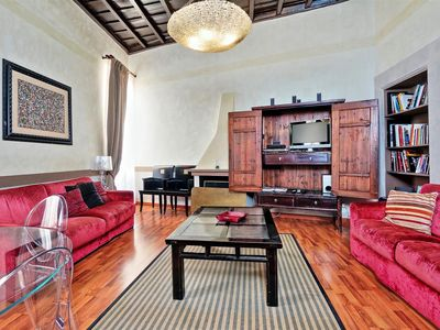 Photo for Cristallo Scanderbeg, unique apartment with fantastic location, in front of the Trevi Fountain