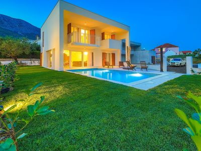 Photo for Luxury 4* Villa Tina