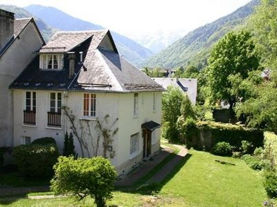 Photo for Chartreuse, bright, view of the Pyrenees, calm 5mn cable car ski trail access ..