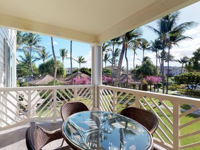 Photo for Golf course-front condo w/ lanai, AC & shared pool/hot tub/open-air gym!