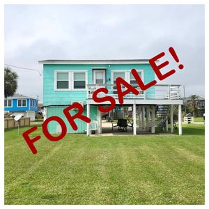 Updates galore AND it's for sale! Own your own vaca rental!!!