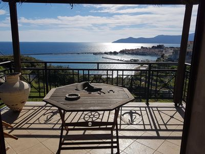 Photo for Detached house with views of the Aegean Sea and the Pythagorion harbor