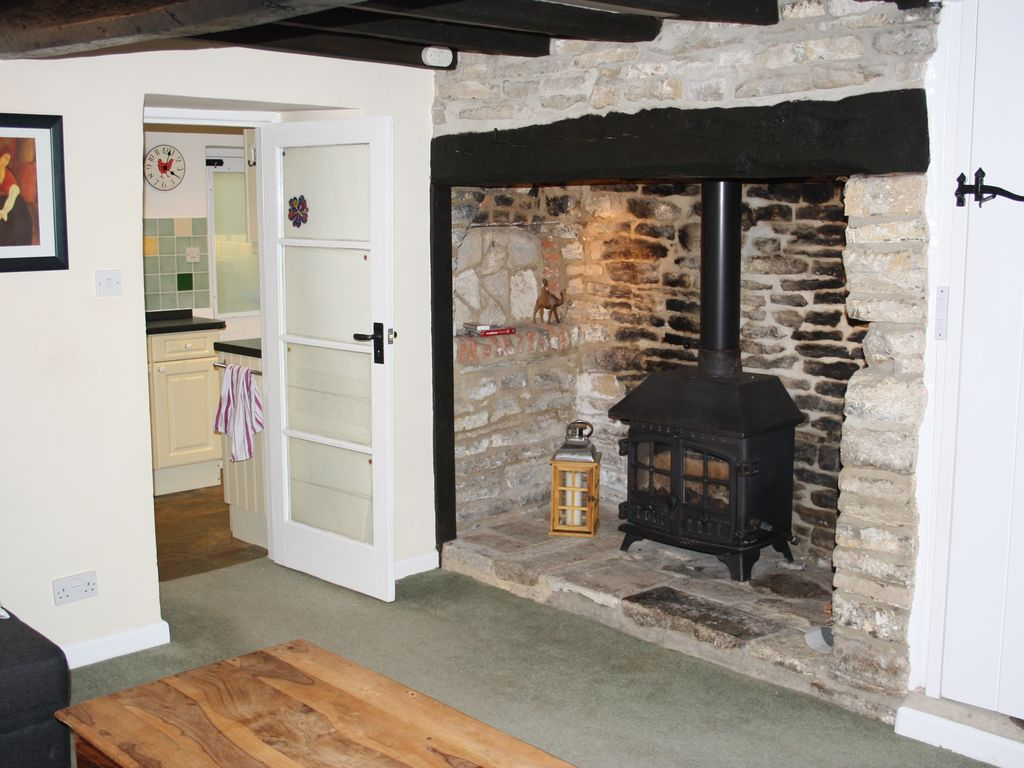 grade 2 listed cottage cosy character cottage with wood burning