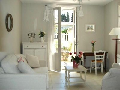 Photo for Comfortable townhouse in exclusive development - 3 mns walk to centre of St. Rem