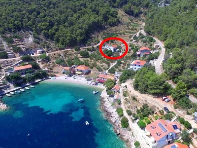 Photo for Comfortable and spacious apartment with terrace and sea view Cove Torac bay - Torac (Hvar)