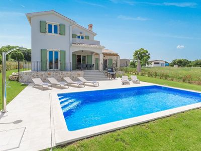Photo for Detached Villa in Pazin Istria with Swimming Pool