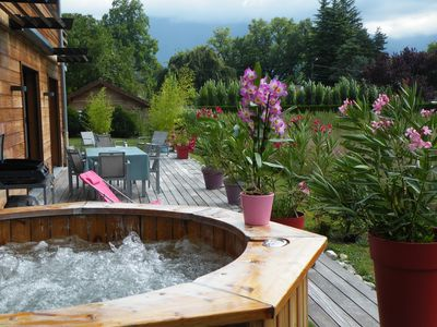Photo for ANNECY LAKE LAKE LAKE and CYCLABLE PISTE JACUZZI PRIVATIF