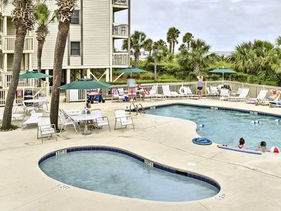 Photo for Hilton Head Resort Condo-Steps to Pool & Beach