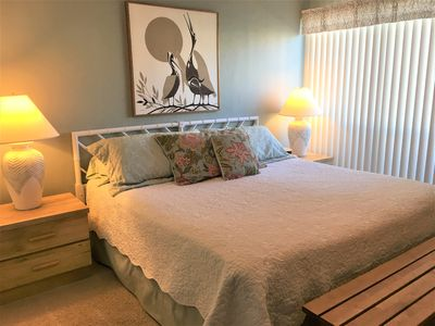 Photo for Welcoming ground floor condo. Steps from RAB pier. Walk to the beach.