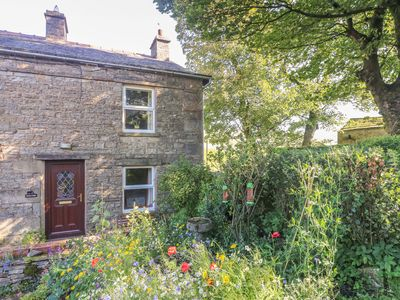 Photo for Sycamore Cottage, HAWES